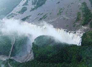 上空から滝