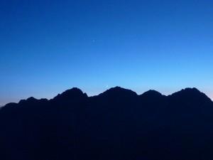 夜の穂高連峰