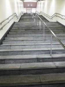 大江戸線の階段