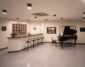 社屋-2階カウンター
