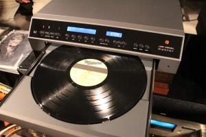 レーザーでレコード再生