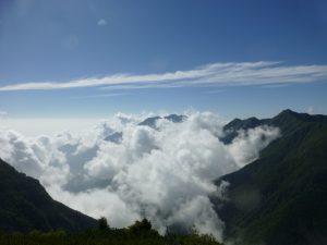 雲の起る時